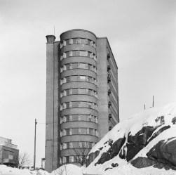 Elsi y Kaarlo Borg, Otto Flodin y Olavi Sortta, Lastenlinnan, 1948