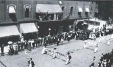 Anna Wagner Keichline, Marcha de Sufragistas en Bellefonte, fotografía tomada por la hermana de Keichline, 1913