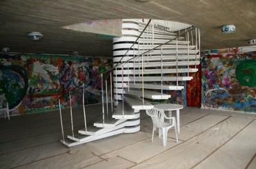 Valve Pormeister (1968): Escuela Técnica de la Granja Estatal de Jäneda. Escalera interior, 2010.