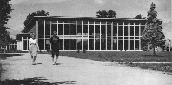 Valve Pormeister (1958): Lillepaviljon. Fotografía de fachada posterior, años 1960.