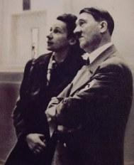 Gerdy Troost y Adolf Hitler