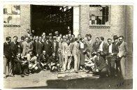 Rita Fernández Queimadelos con grupo de compañeros de la Escuela de Arquitectura de Madrid, 1935