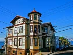 Myriam Waisberg. Casas de Playa Ancha, Valparaíso, Chile
