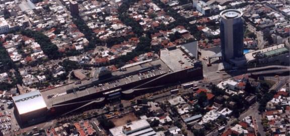 Sara Gramática, GGMPU Arquitectos, Nuevocentro Shopping (1989) y Sheraton Hotel (1997)