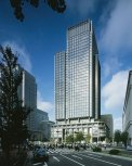 Patty Hopkins. Hopkins Architects. Shin-Marunouchi Tower Tokio, Japon, 2007