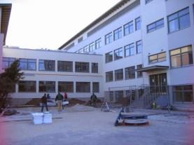 Maarja Nummert (2007): Instituto Rapla-Vesiroosi. Fotografía de la ampliación durante las obras, 2009