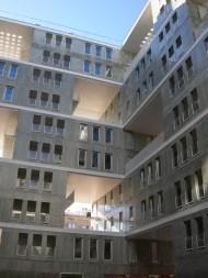 Blanca Lleó y MVRDV (2001-08): Edificio Celosía, Madrid. Vista desde patio interior.