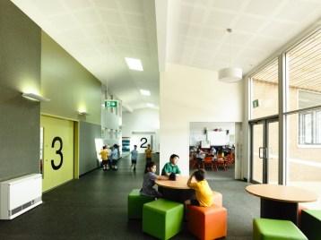 Kerstin Thompson Architects. Escuela Primaria Birralee, 2014.