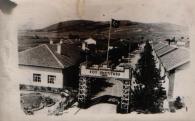 Leyla Asim Turgut, Akpinar-Ladik Köy Enstitüleri (Village Institute), Ladik, Turquía, 1940.