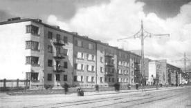 Tamara Davydovna Katsenelenbogen con Simonov y Kaptsyug. Kondratievsky zhilmassiv Fase Construida:1929-1930.