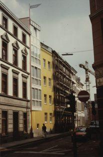 Verena Dietrich, Remodelación de edificio de viviendas en calle Annostraße 54, Colonia, Alemania. 1986
