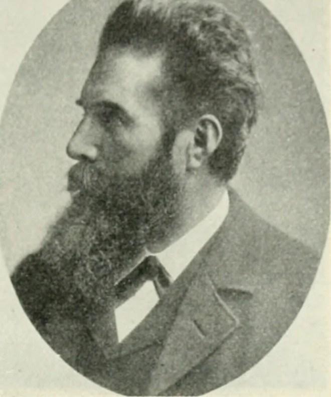 Wilhelm Röntgen photo