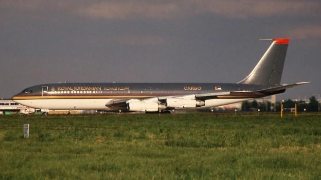 boeing 707 royal jordanian photo
