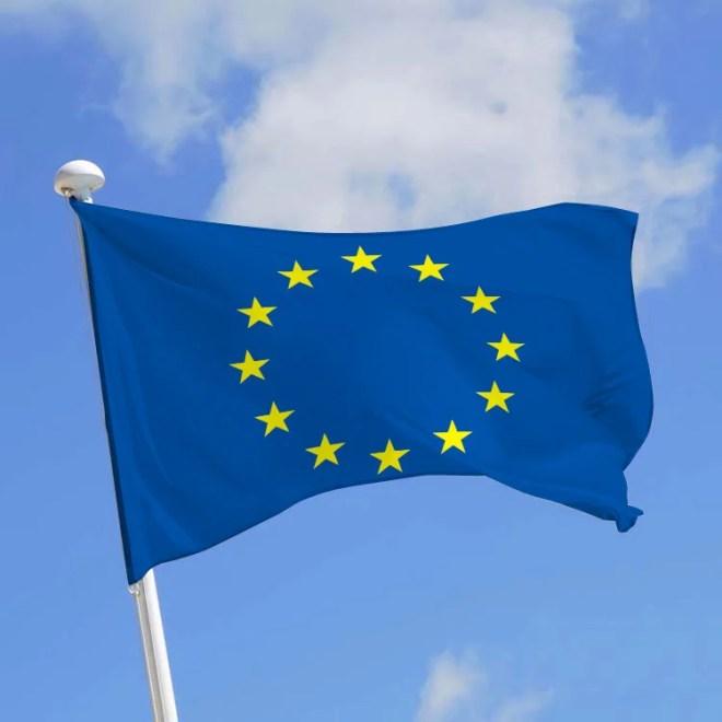 drapeau CEE UE