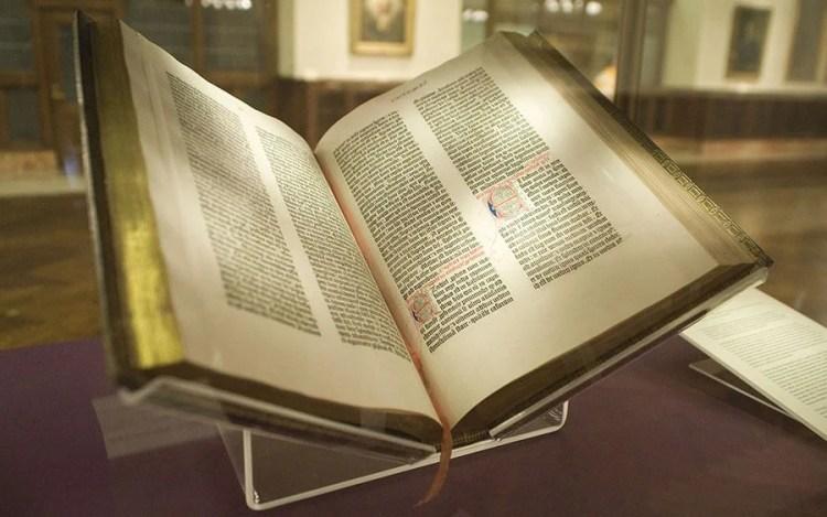 bible de gutenberg premier livre imprimé un 23 février