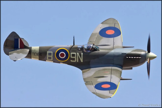 supermarine spitfire photo