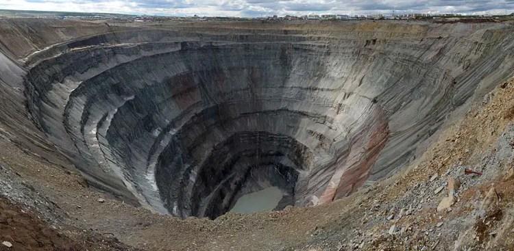 mine de diamants Mir