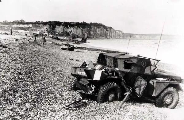 plage de Dieppe après l'assaut