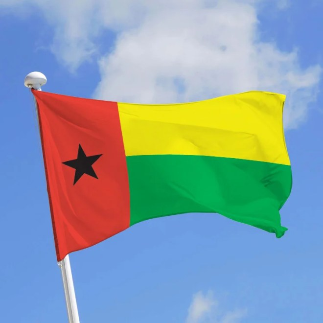 drapeau guinée bissau