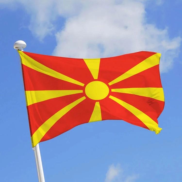 drapeau de la Macédoine, indépendante depuis le 8 septembre 1991