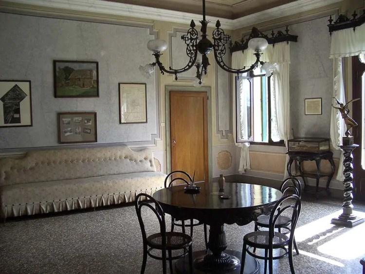 table armistice Villa_Giusti