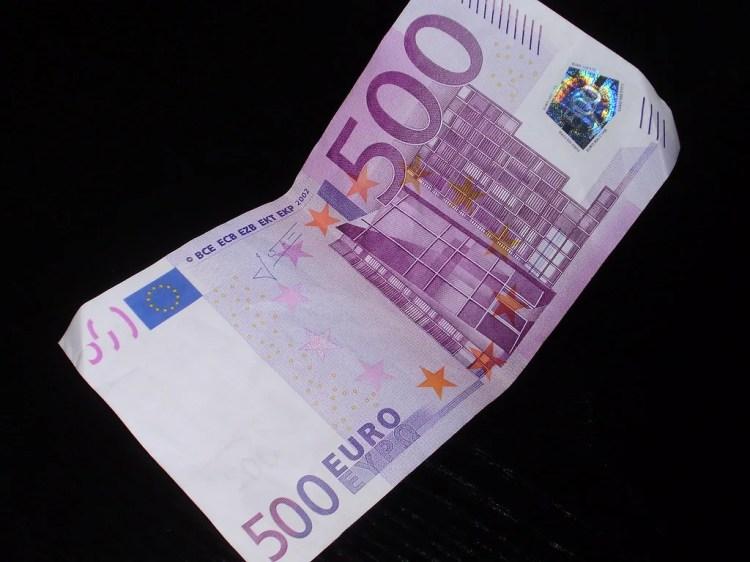 500 euro photo