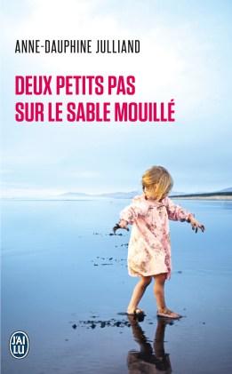9782290039663_DeuxPetitsPasSurLeSableMouille_couv.indd
