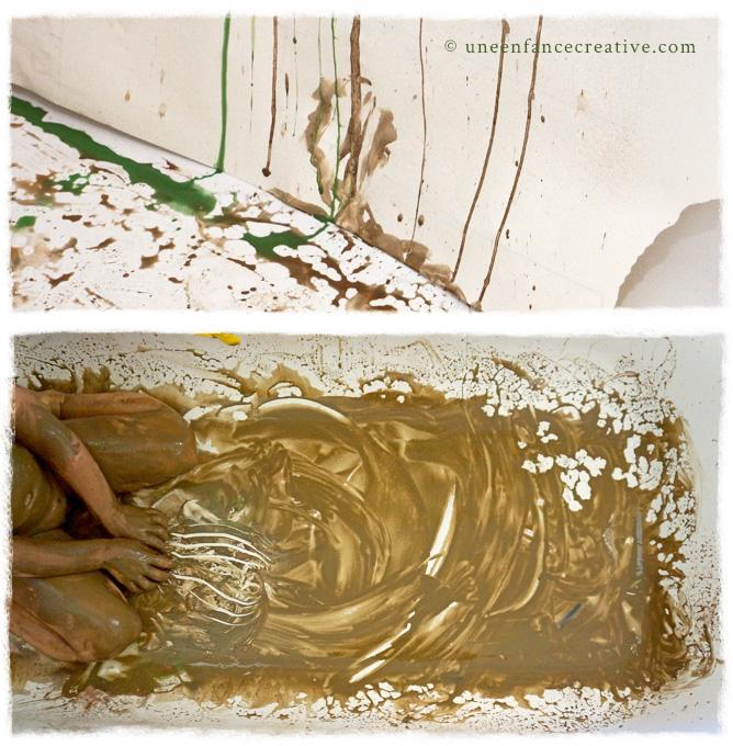 Peinture à l'argile dans la baignoire
