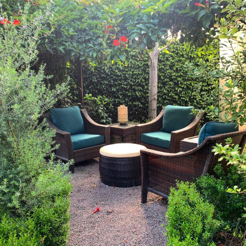 outdoor furniture small backyard