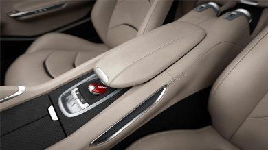 160060-car-Ferrari_GTC4Lusso_central_console