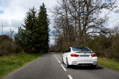 p90215102_highres_bmw-m4-coupe-tour-au