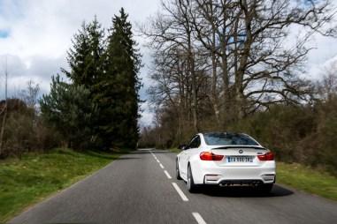 p90215102_highres_bmw-m4-coupe-tour-au