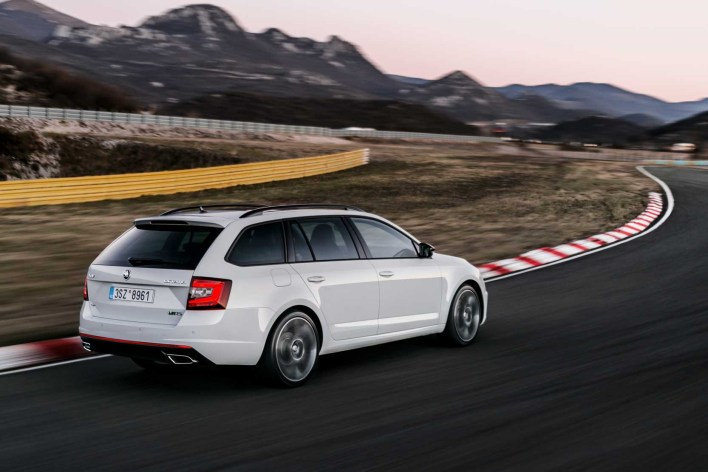 skoda-octavia-rs-break-combi-arriere
