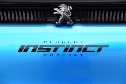 peugeot-instinct-concept-logo-2