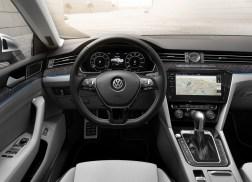 Volkswagen Arteon intérieur r-line gris