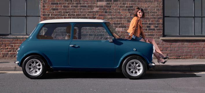 blue-car-side