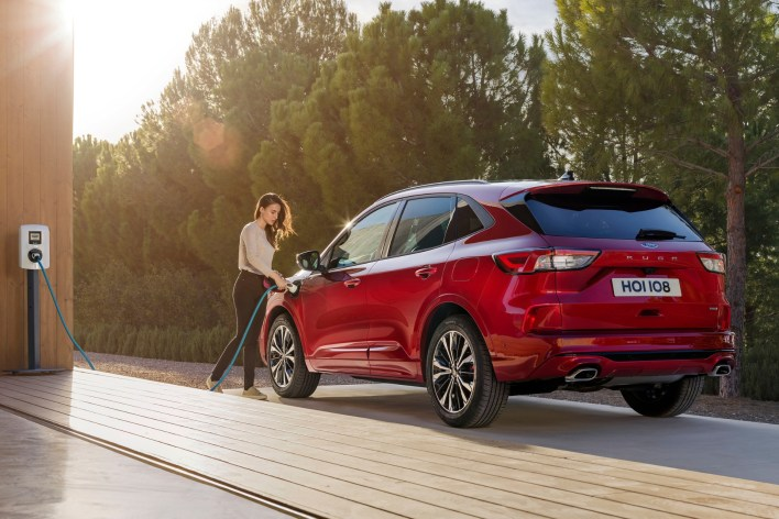 Ford Kuga 2019 arrière recharge jantes hybride