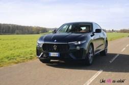 Maserati Levante 2019 jantes avant calandre V6 bleu
