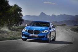 BMW Série 1 avant dynamique compacte calandre
