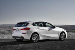BMW Série 1 2019 profil jantes blanc