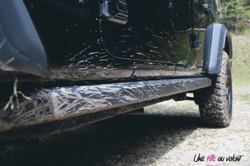 Jeep Wrangler Unlimited Rubicon 2019 détail boue bas de caisse