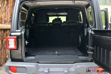 Jeep Wrangler Unlimited Rubicon 2019 coffre banquette