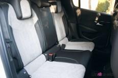 Essai Peugeot e-208 2019 intérieur banquette arrière