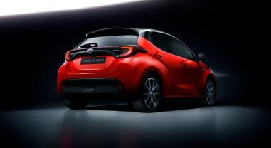 Toyota Yaris 2019 arrière feux bouclier