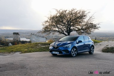 Photo essai Renault Clio 5 2019 TCe 130 essence bleu iron citadine