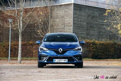 Photo essai Renault Clio 5 2019 face avant calandre capot