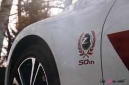 Photos Essai Nissan 370Z 50me anniversaire logo aile avant