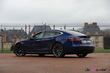 Photos essai Tesla Model S Grande Autonomie 2020 profil arrire