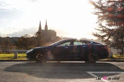 Photos essai Tesla Model S Grande Autonomie 2020 profil statique berline