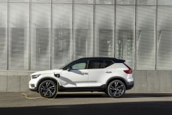 Photos Volvo XC40 T5 Recharge hybride rechargeable 2020 profil